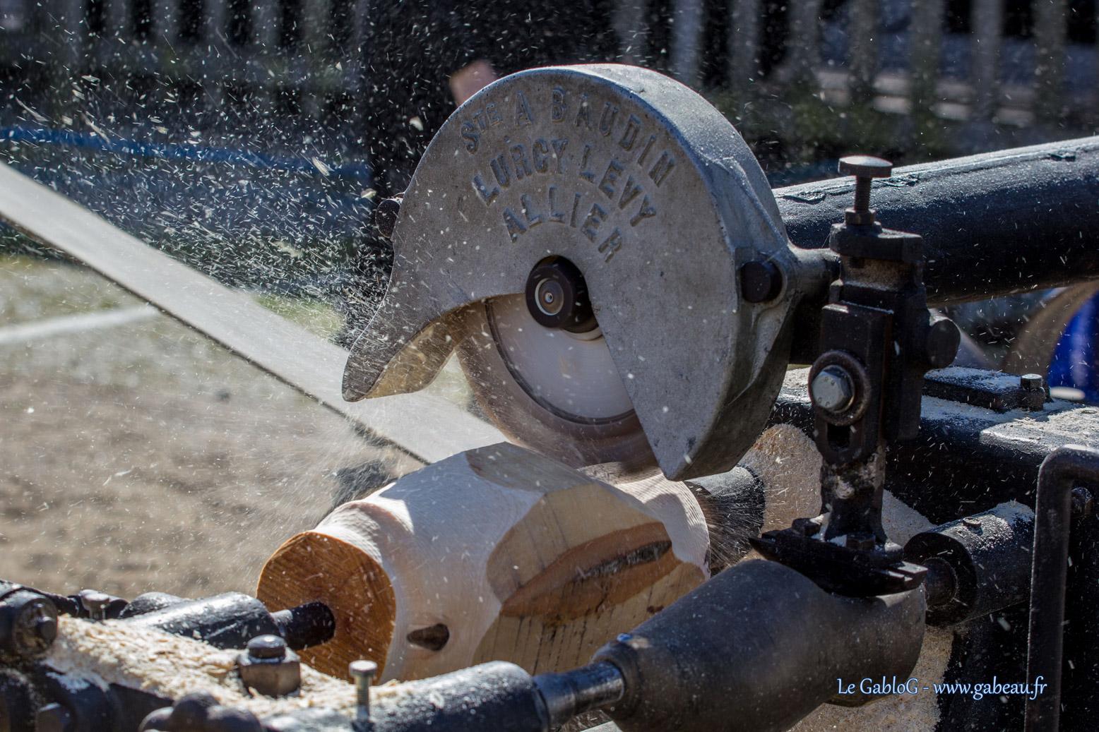 Machines à vapeur pour la fabrication de sabots
